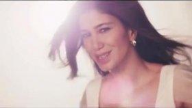 Nadide Sultan - Kimsesiz Biri (Yeni Klip 2012)