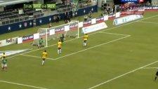 Dos Santos Brezilya'ya samba dersi verdi!