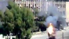 Suriyede Mühimmat Tankı Hareket Halinde Patladı !