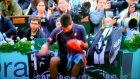 Novak Djokovic Raketiyle Reklam Panosunu Kırar