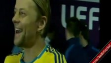 Tymoshcuk'tan Ribery'ye ilginç el hareketi
