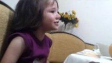3 Yaşında Arapça Yemek Duası Okuyan Minik Kız