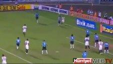 Ronaldinho klasiği, muhteşem asist (Atletico Mineiro Gremio)