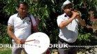 Davulda Erkan Aksoy zurnada Çavdırlı Recep Yörük güleş havası