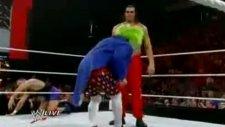 The Great Khali vs Doink The Clown