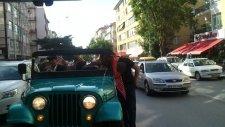 jeeeple düğün konvoyu