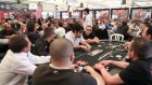Poker masasında isyan