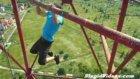 Yerden 110 Metre Yükseklikte Barfix Çeken Genç