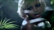 Kat Deluna - Wanna See U Dance (La La La) 2012 Yeni Video
