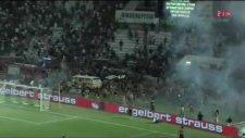 Tribünler savaş alanına döndü! PAOK-Rapid maçında olay...
