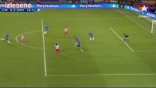 Falcao'dan Muhteşem Gol (UEFA Super Cup Final 2012)
