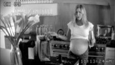 Jennifer Aniston Üçüz Bekliyor