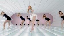 Gangnam Style - PSY ft Hyuna