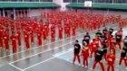 Bin mahkum, Gangnam Style dansı yaptı