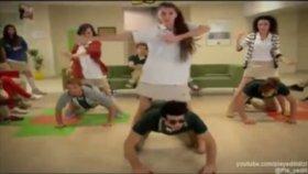Pis Yedili Gangnam Style Dansı
