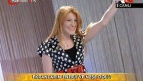 Zeynep Başkan - Karadeniz Kızı Hayata Gülerken