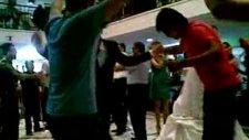 Düğün Eğlencesi