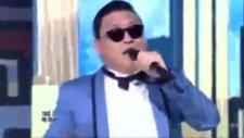 Psy - Gangnam Style 2012 Canlı Performans