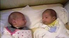 İkizlerin Tanışması