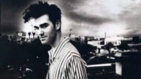 The Smiths - A Rush And A Push And The Land İs Ours
