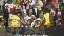 Sumru Parmaksızoğlu - Oynaya Oynaya Gelin Çocuklar