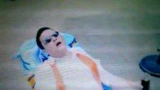 Psy - Gamgam Style