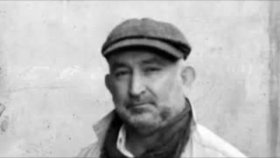Erol Arslan - Yürürüm (Yeni Klip 2012)