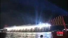 İstanbul Boğaz Köprüsü Cumhuriyet Bayramı Havai Fişek Gösterisi