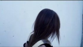 Emina Jahovic - Kimse Yok Mu (Official Video) Hd 2012 Yeni Klip