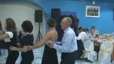 Düğünde Kopartan Dans