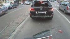 Dünyanın en enteresan araba kazaları