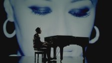 Labrinth Feat. Emeli Sande - Beneath Your Beautiful
