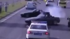 Polisin Gözü Önünde Drift Yapmak