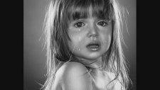 Me Bleed - Ağlayan Küçük Kız
