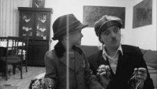 Çarli Çaplin By Çılgın Anne