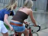 Bisiklete Binen Güzel Kızın Acı Sonu
