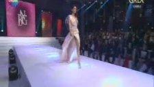 Bugün Ne Giysem Gala Gecesinde yarışmacıdan frikik şov!