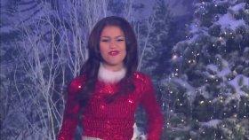 Zendaya - Shake It Santa (Official Video) (2012)