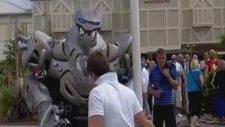 Robota Kafa Tutan Ergen