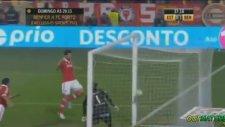 Nicolas Gaitan'dan efsane gol!   Zlatan'a özendi