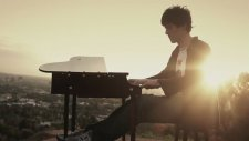 Sam Tsui & Kurt Schneider - Don't You Worry Child (Cover)