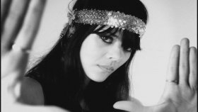 Bat for Lashes - Siren Song