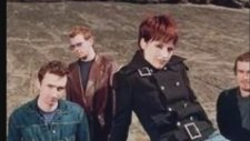 The Cranberries - Carry On