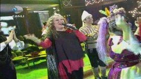 Suzan Kardeş - Potpori (Beyaz Show)