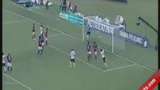Alex De Souza Coritiba Formasıyla İlk Maçında Kornerden Gol Attı