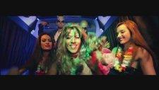 Amor Bandido - Golpe A Golpe (Oficial Video)