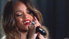 Rihanna - Stay - Grammy Ödülleri 2013
