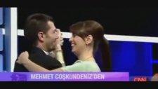Mehmet Coşkundeniz'den Eşine Canlı Yayında Süpriz!