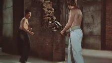 Bruce Lee  Chuck Noris Ejderin Dönüşü dövüş sahneleri