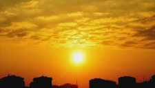 Emin Güllüce - Sarı Sabahlık